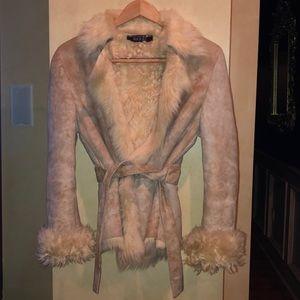 Gucci shearling coat size 42 runs small